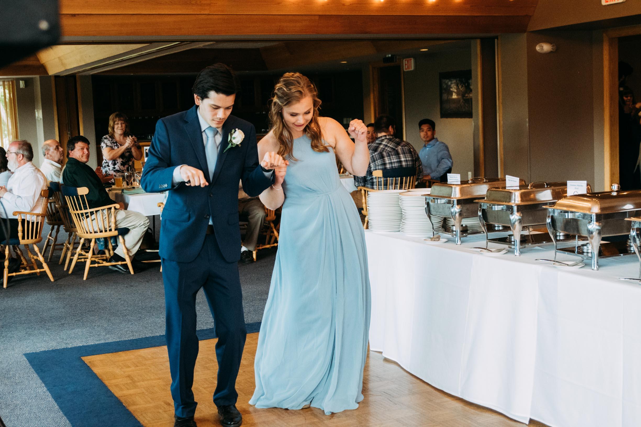 Hannah_Brandon_Wisconsin_Wedding-41.jpg