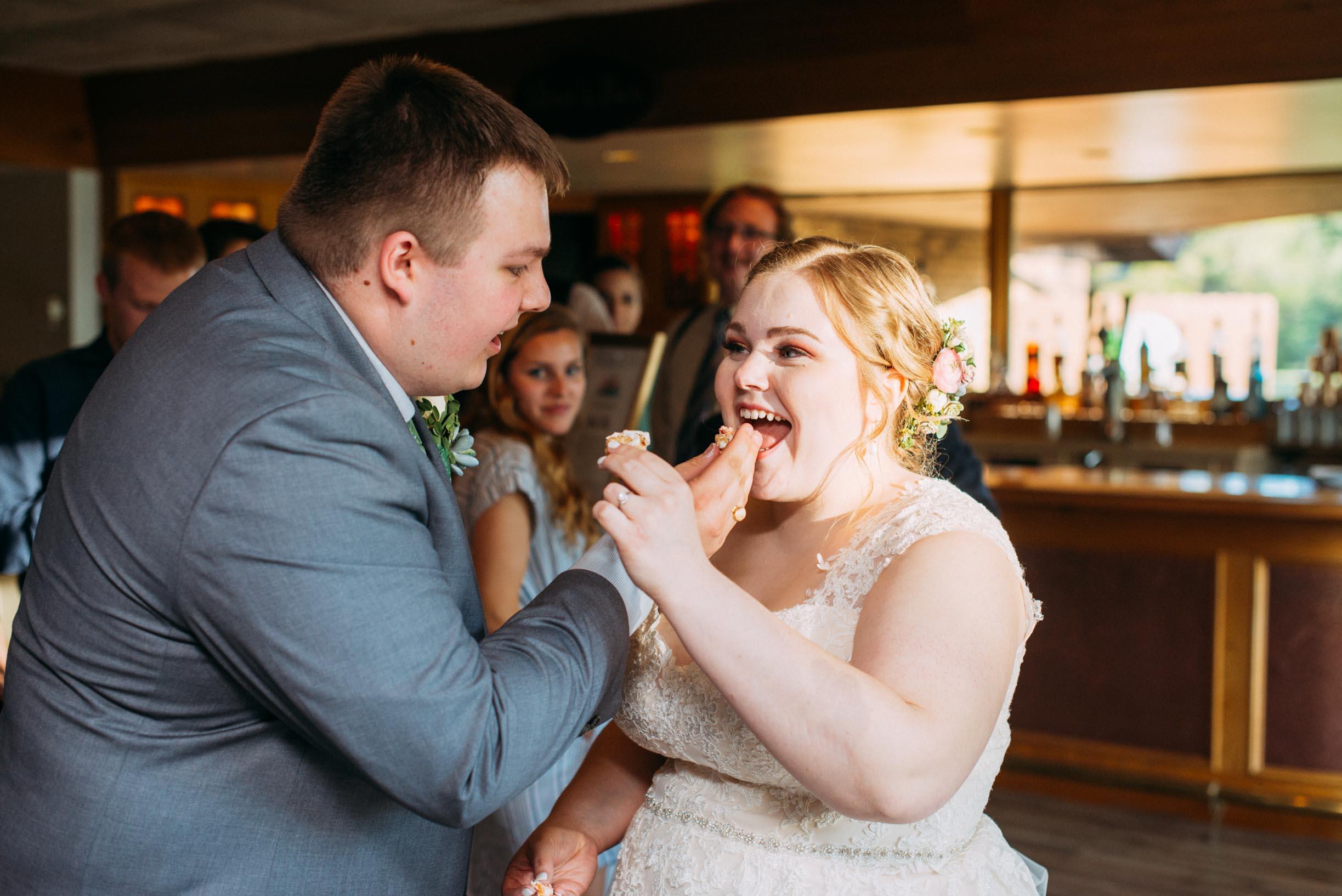 Hannah_Brandon_Wisconsin_Wedding-46.jpg
