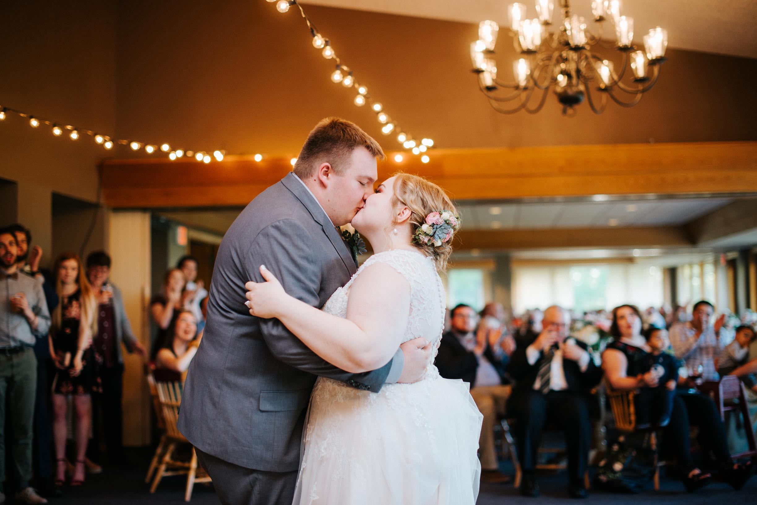 Hannah_Brandon_Wisconsin_Wedding-53.jpg