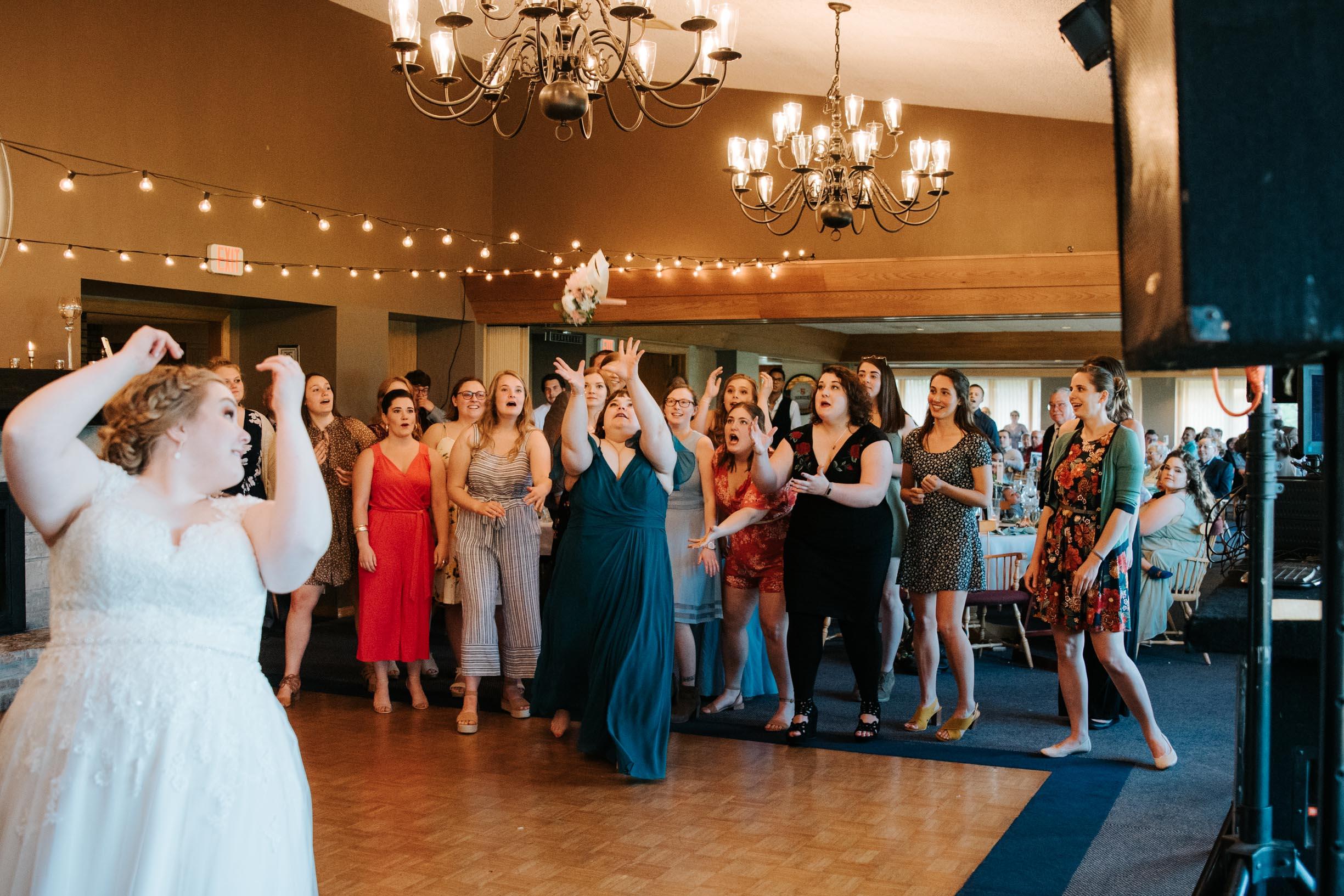 Hannah_Brandon_Wisconsin_Wedding-54.jpg