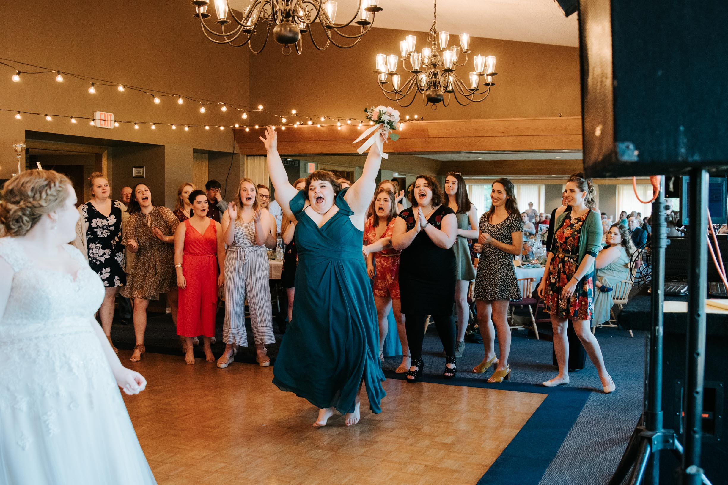Hannah_Brandon_Wisconsin_Wedding-55.jpg