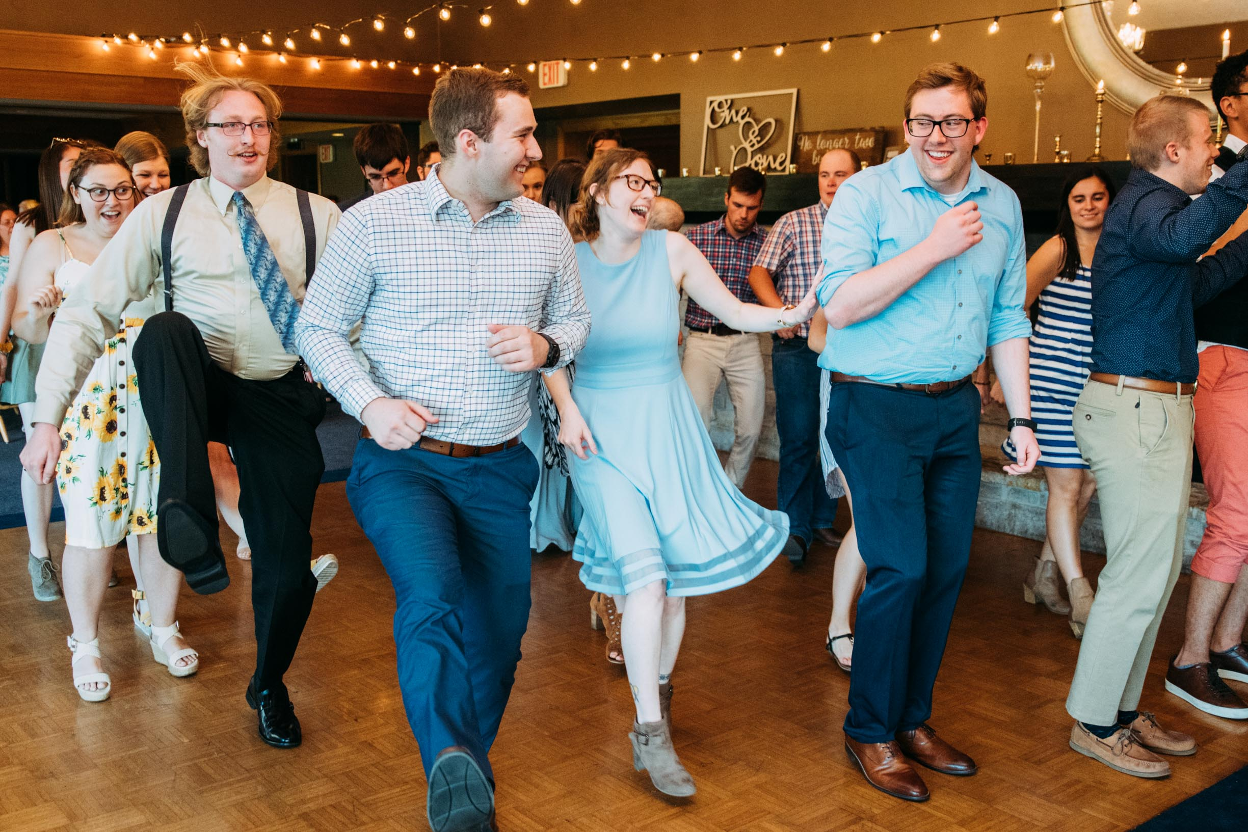 Hannah_Brandon_Wisconsin_Wedding-56.jpg