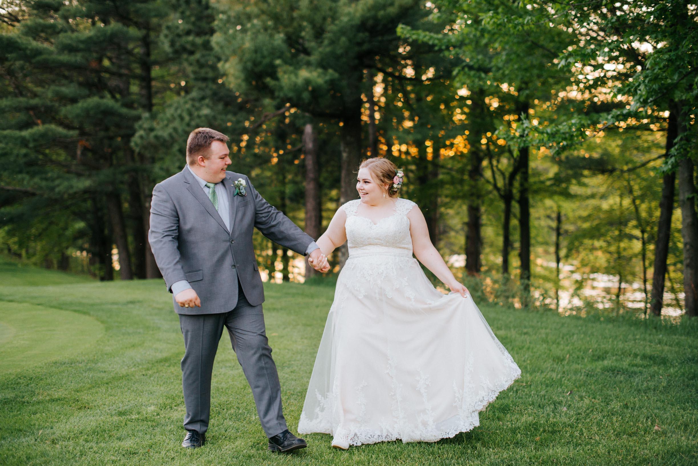 Hannah_Brandon_Wisconsin_Wedding-62.jpg