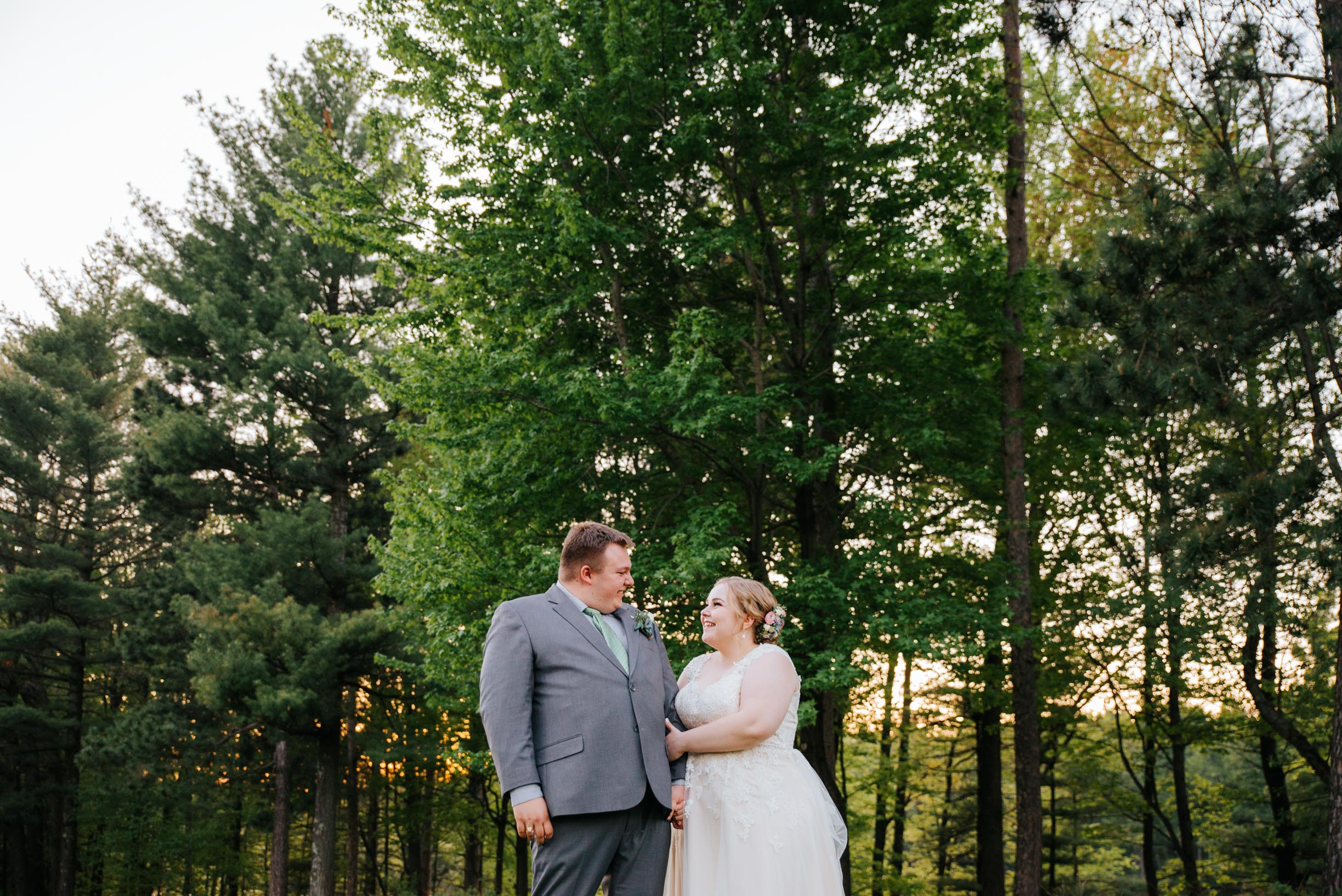 Hannah_Brandon_Wisconsin_Wedding-63.jpg