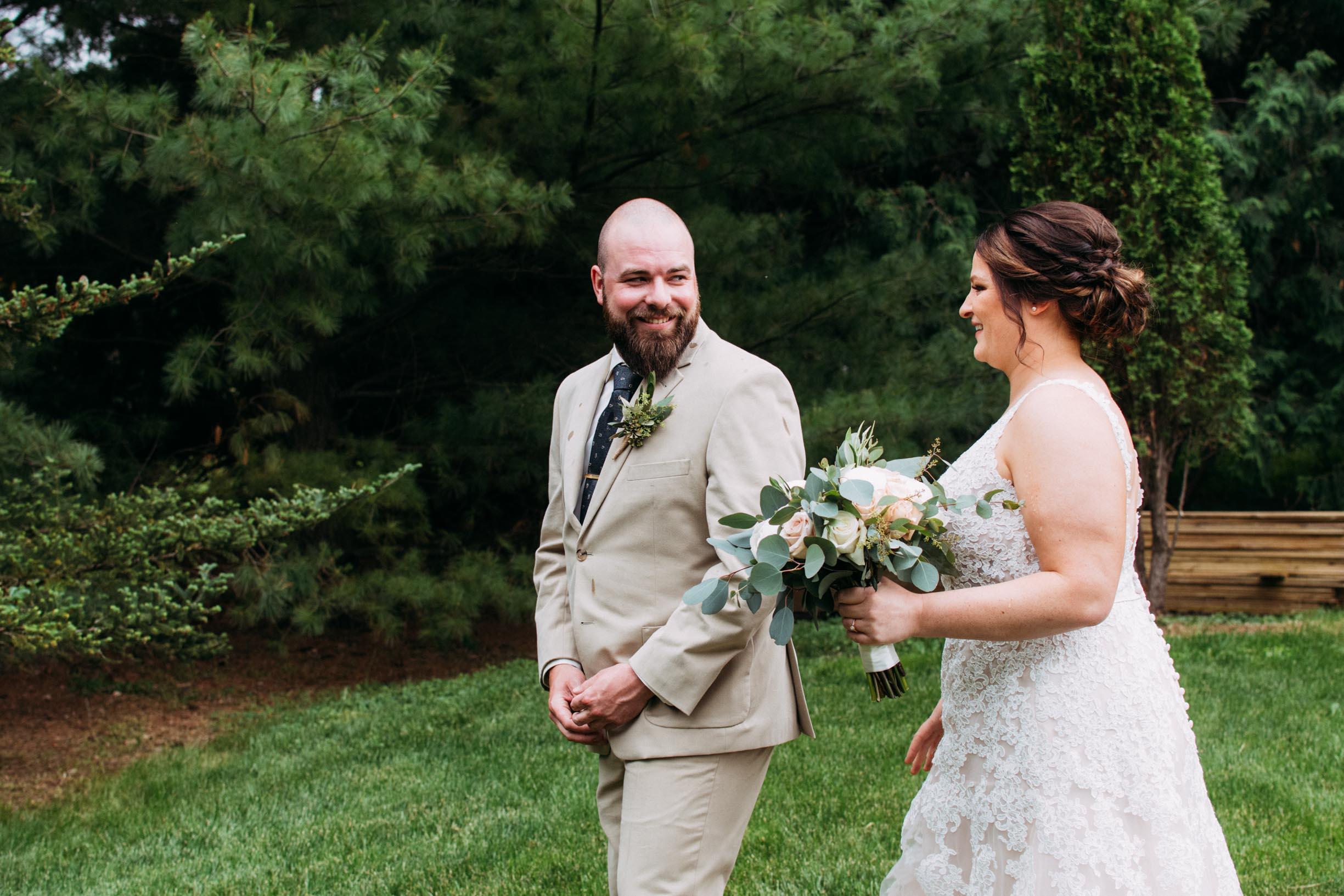 8-Jess_Jeremy_Minnesota_Wedding_First_Look.jpg