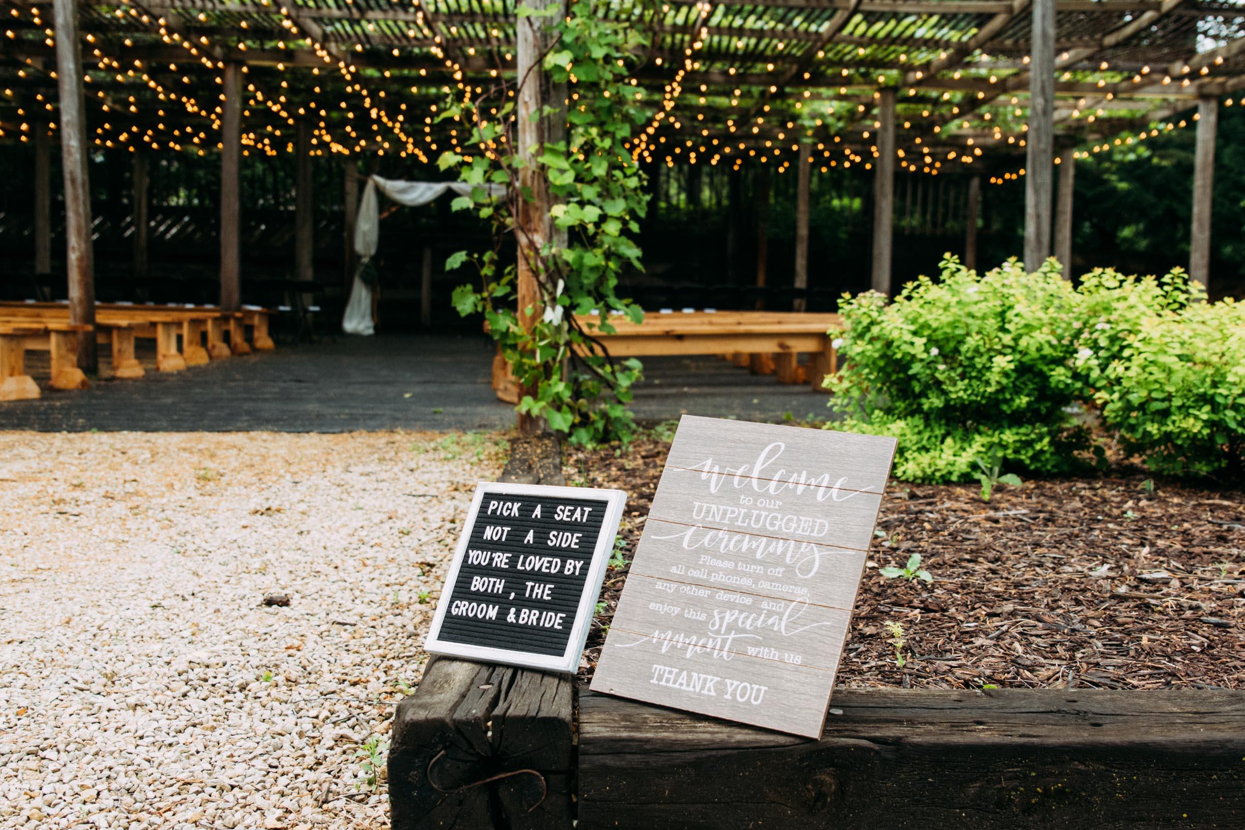 30-Jess_Jeremy_Minnesota_Wedding_Ceremony.jpg