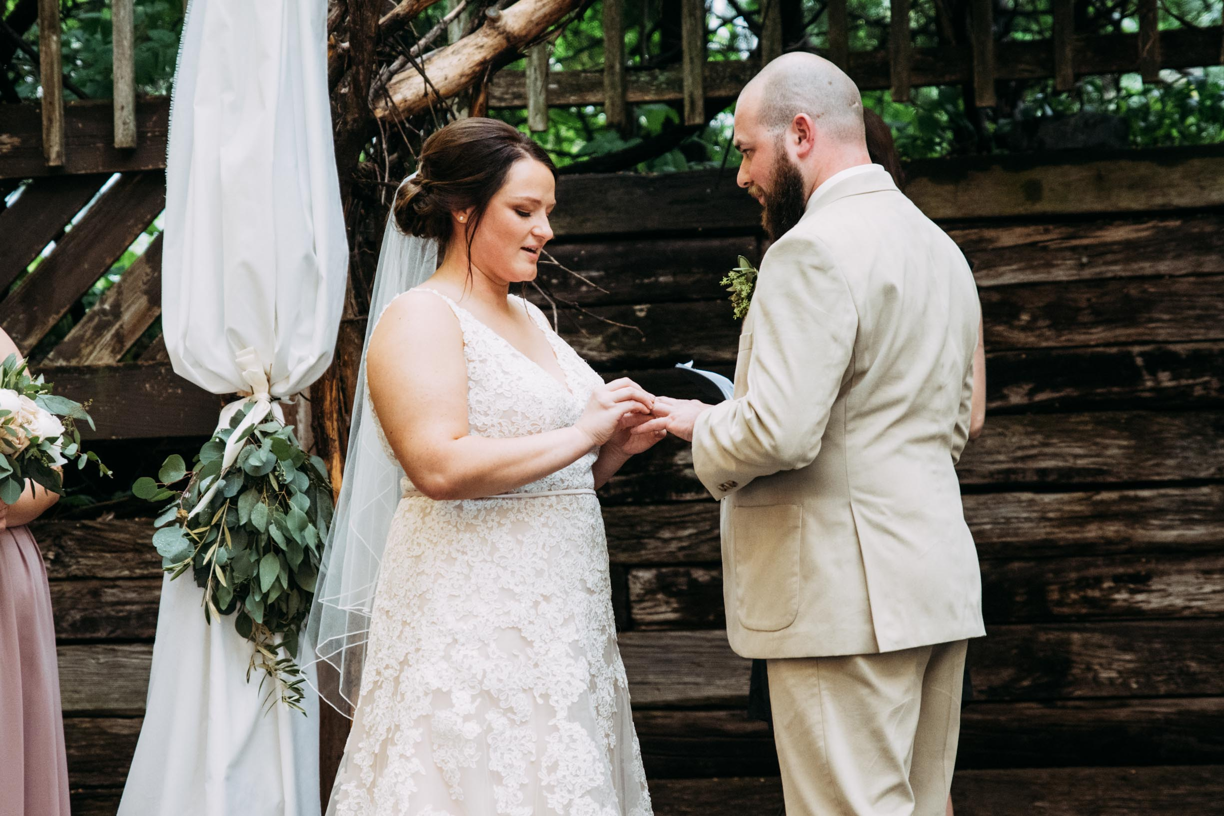 47-Jess_Jeremy_Minnesota_Wedding_Ceremony.jpg
