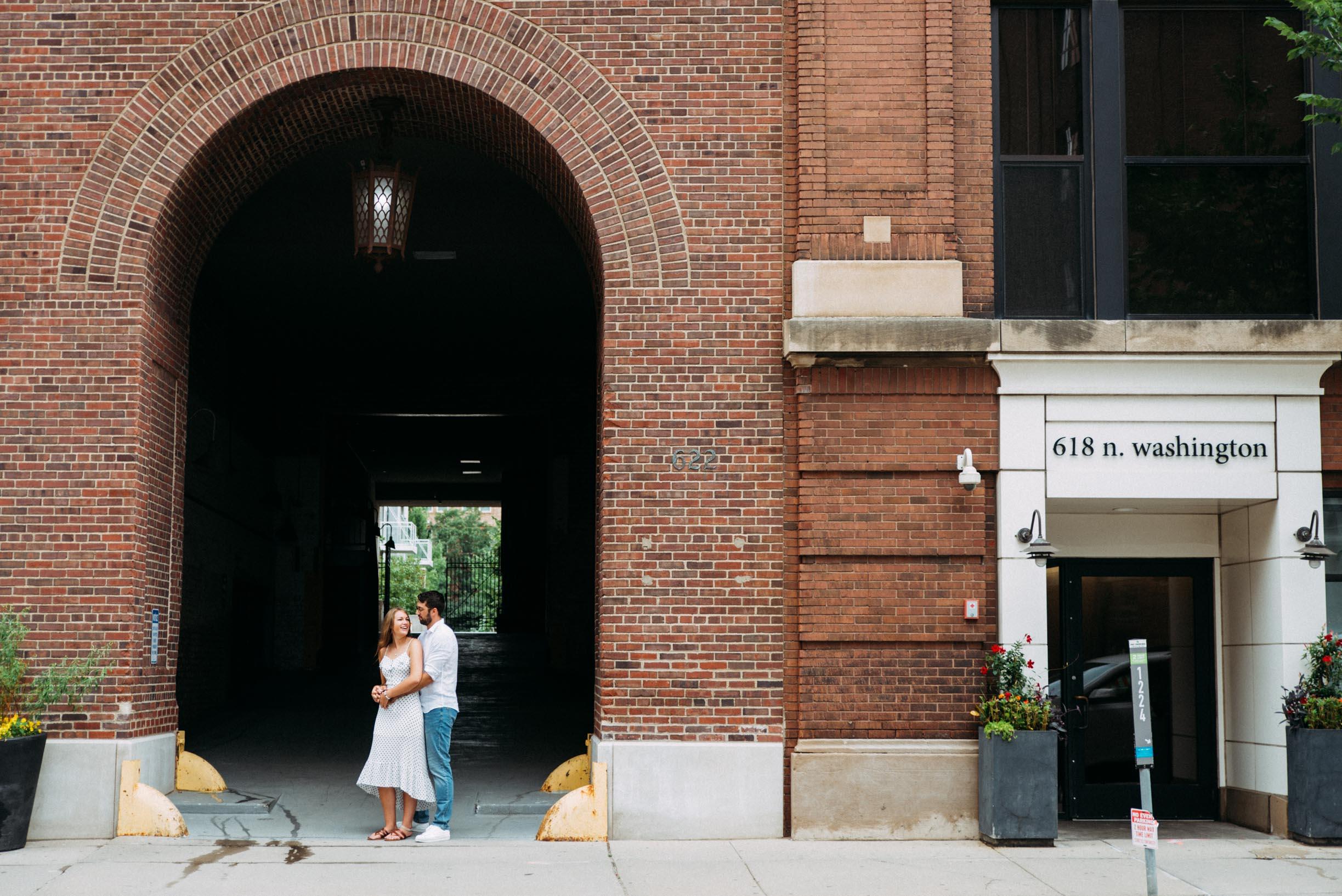 North_Loop_Minneapolis_Couple_Portraits_Blogpost-9.jpg