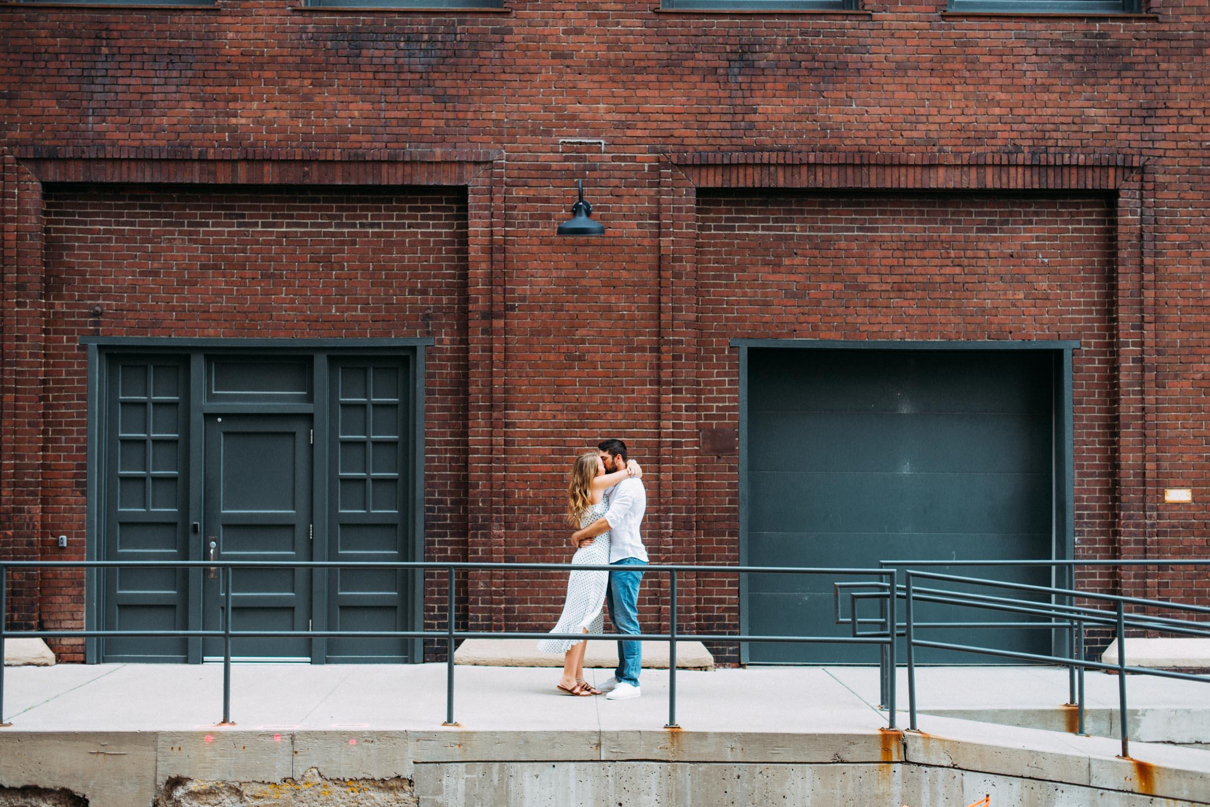 North_Loop_Minneapolis_Couple_Portraits_Blogpost-8.jpg