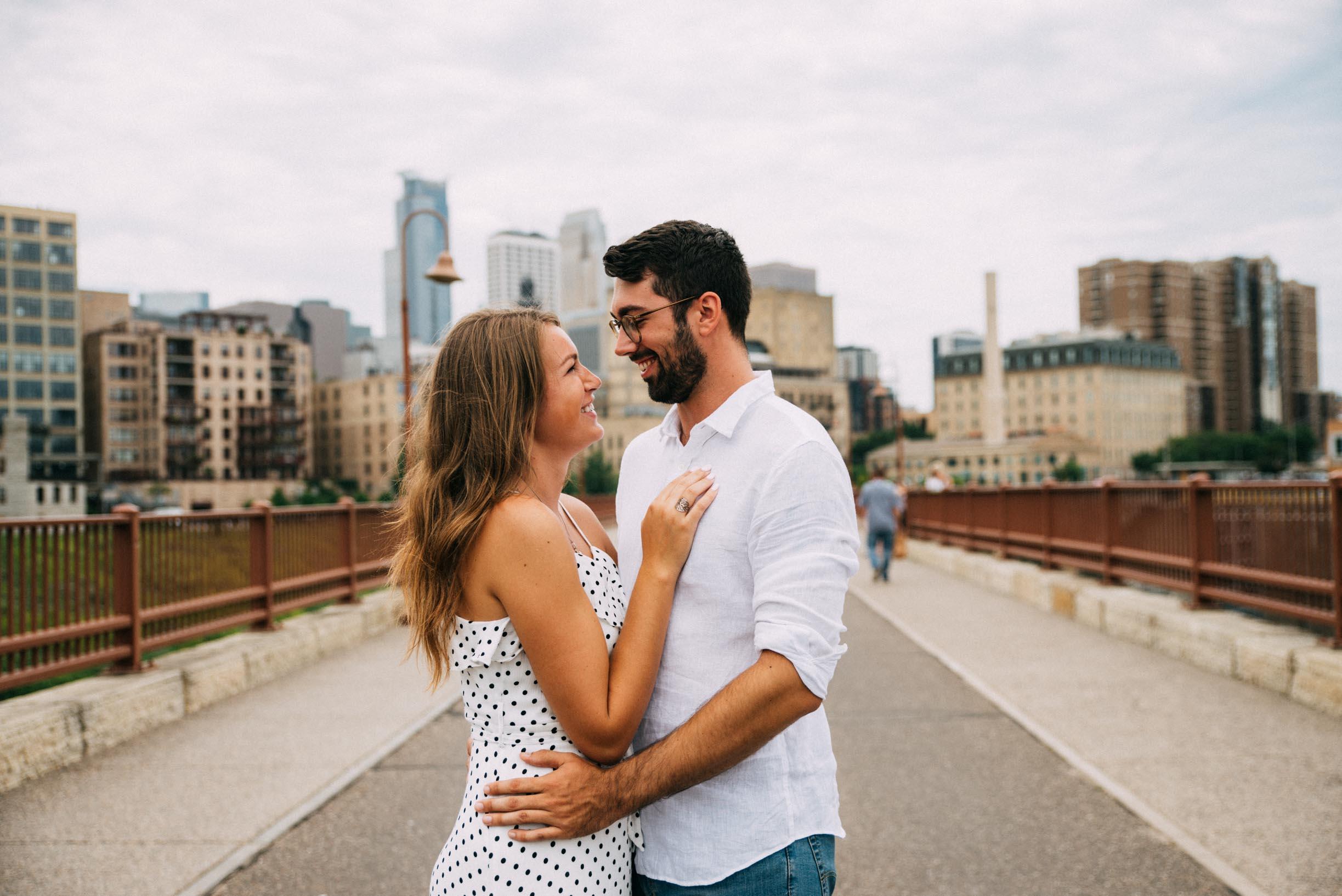 North_Loop_Minneapolis_Couple_Portraits_Blogpost-14.jpg