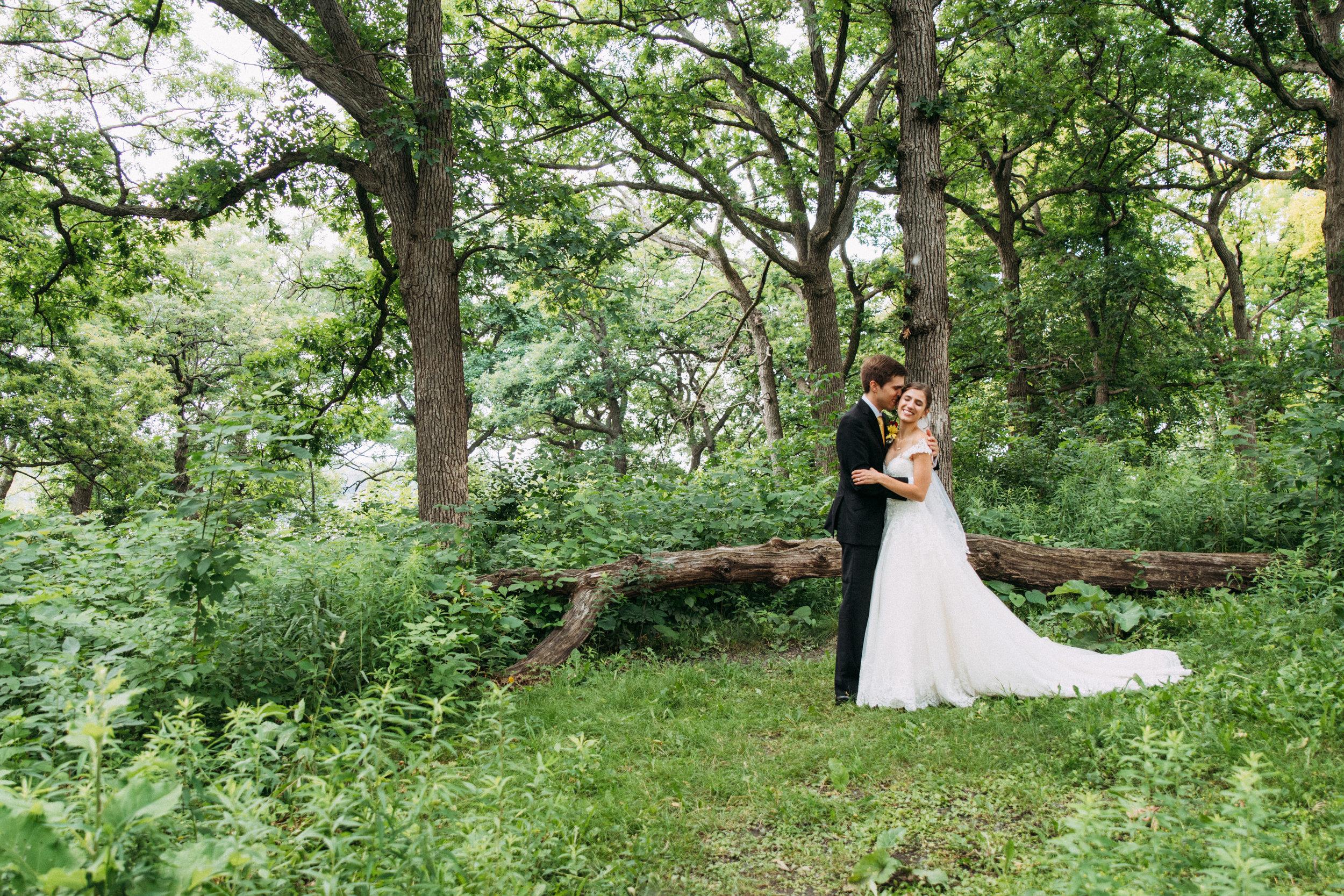 9-Liza_Chris_Minneapolis_Minnesota_Wedding.jpg