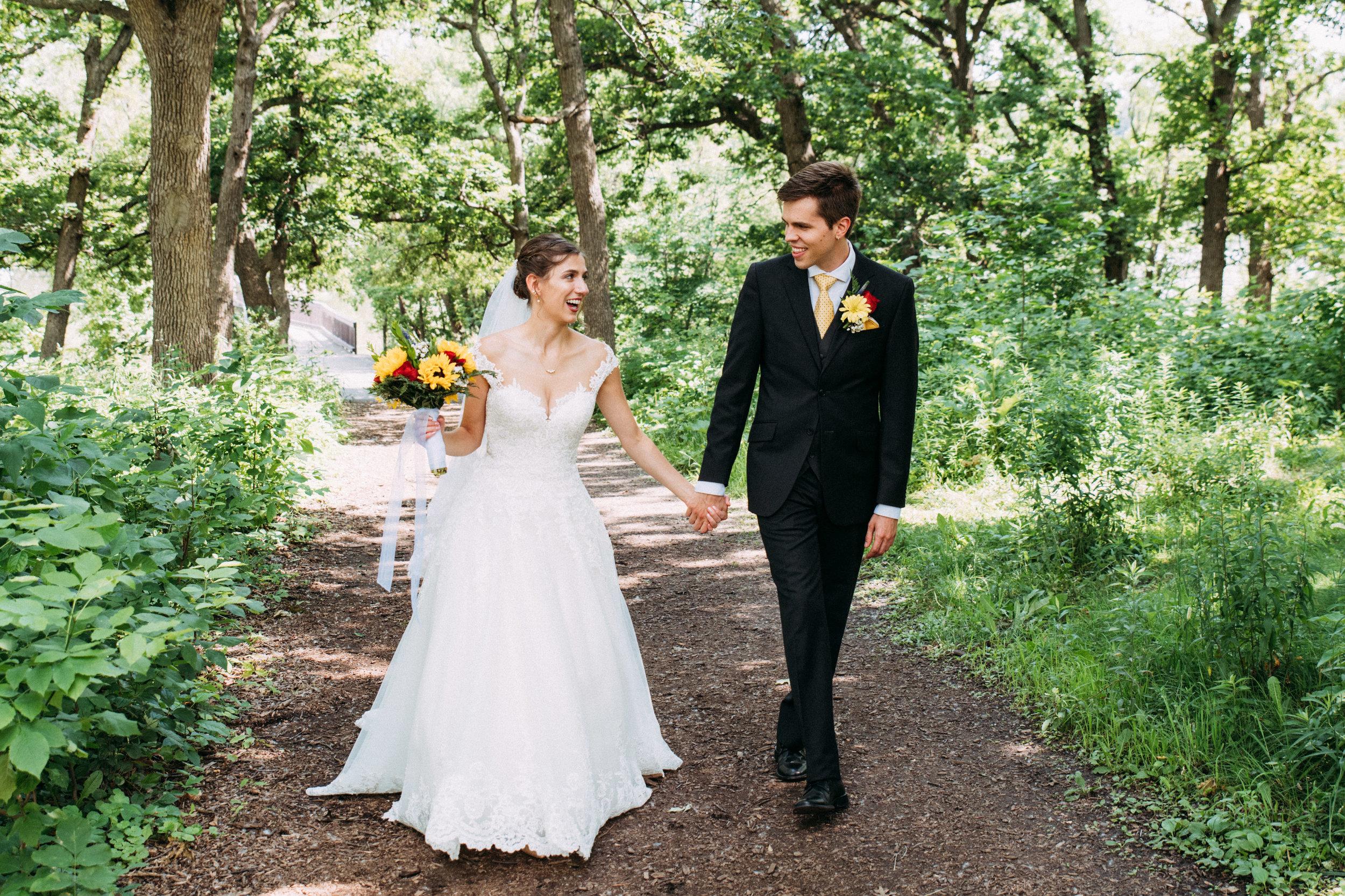 12-Liza_Chris_Minneapolis_Minnesota_Wedding.jpg