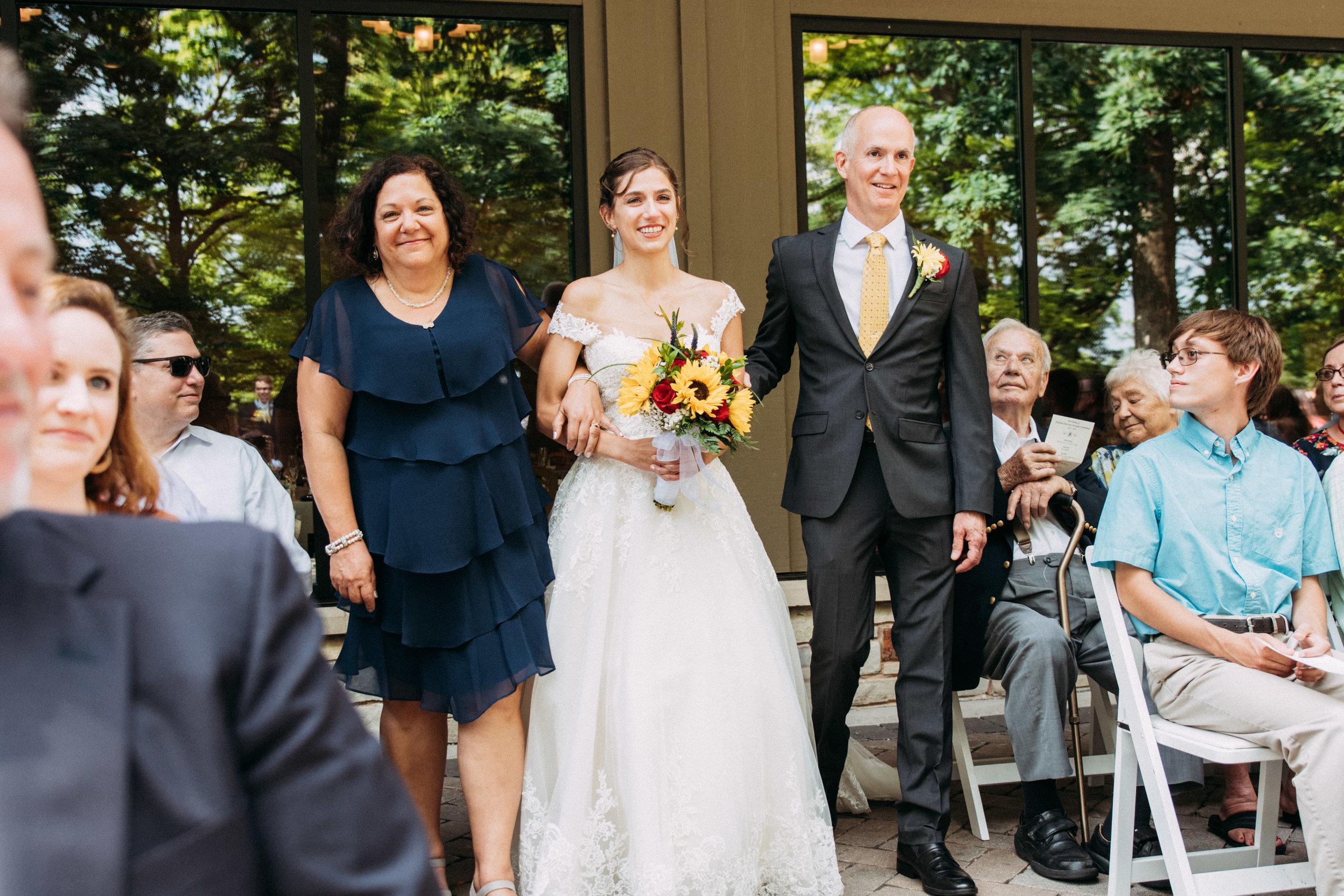 23-Liza_Chris_Minneapolis_Minnesota_Wedding.jpg