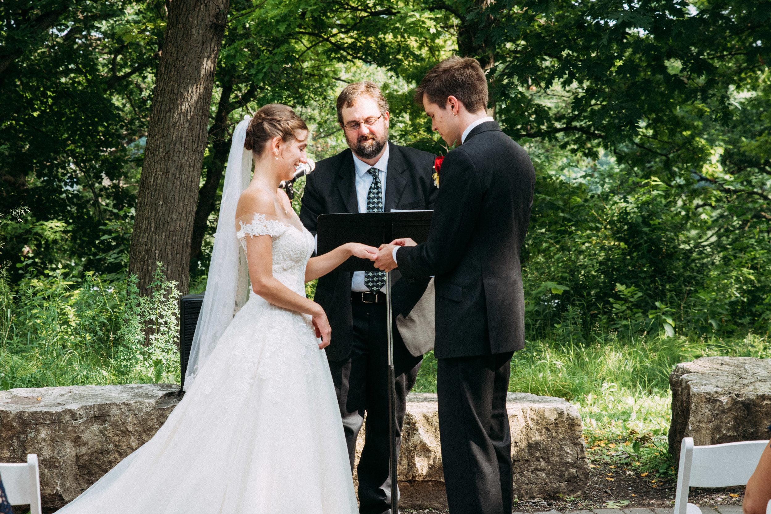 25-Liza_Chris_Minneapolis_Minnesota_Wedding.jpg