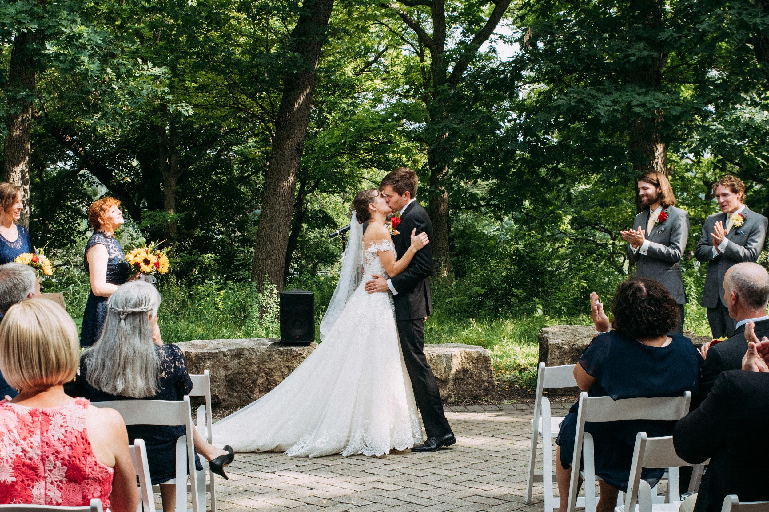 27-Liza_Chris_Minneapolis_Minnesota_Wedding.jpg
