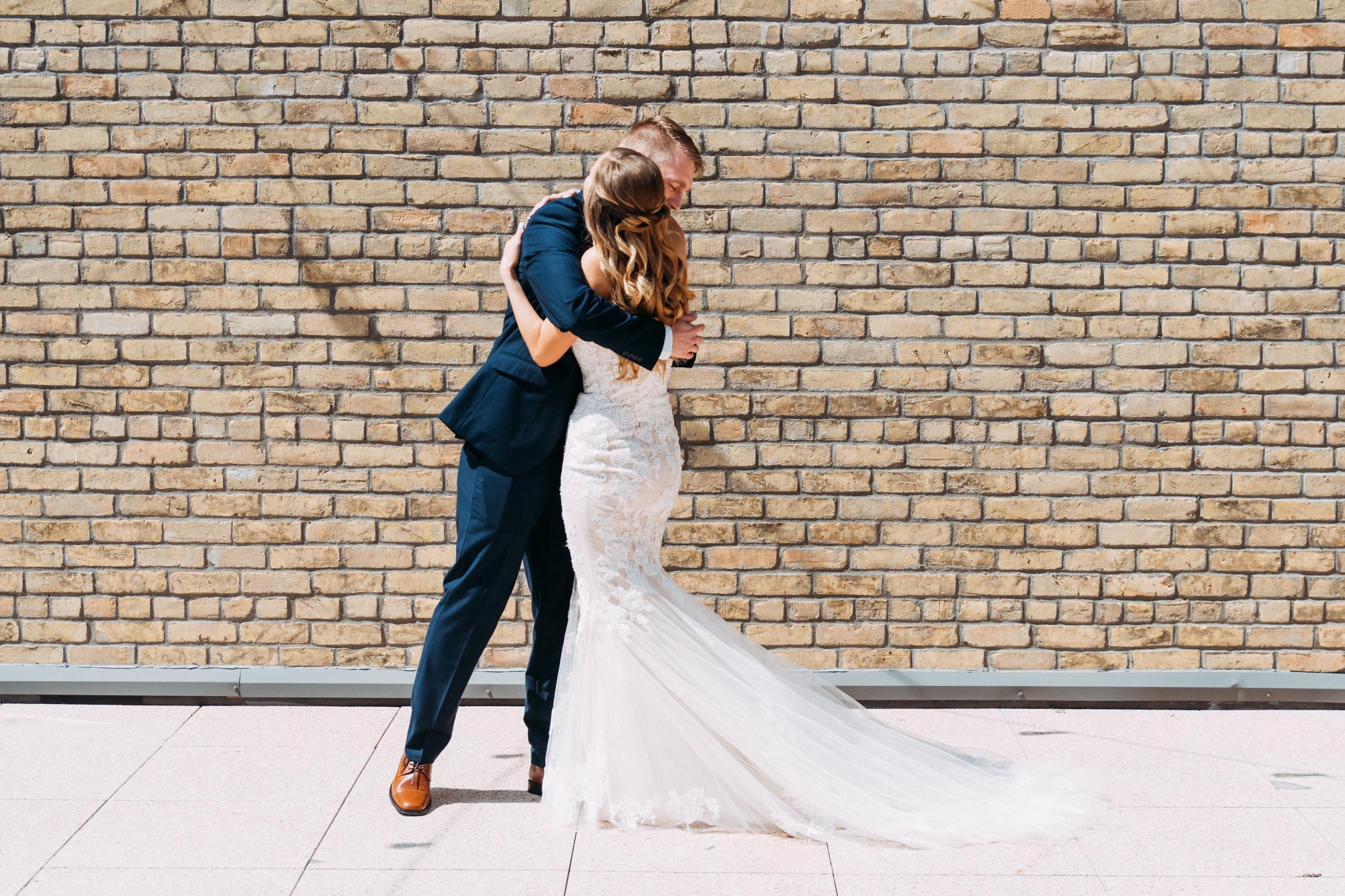 13-WeddingsattheBroz_Minnesota_WeddingBlog.jpg