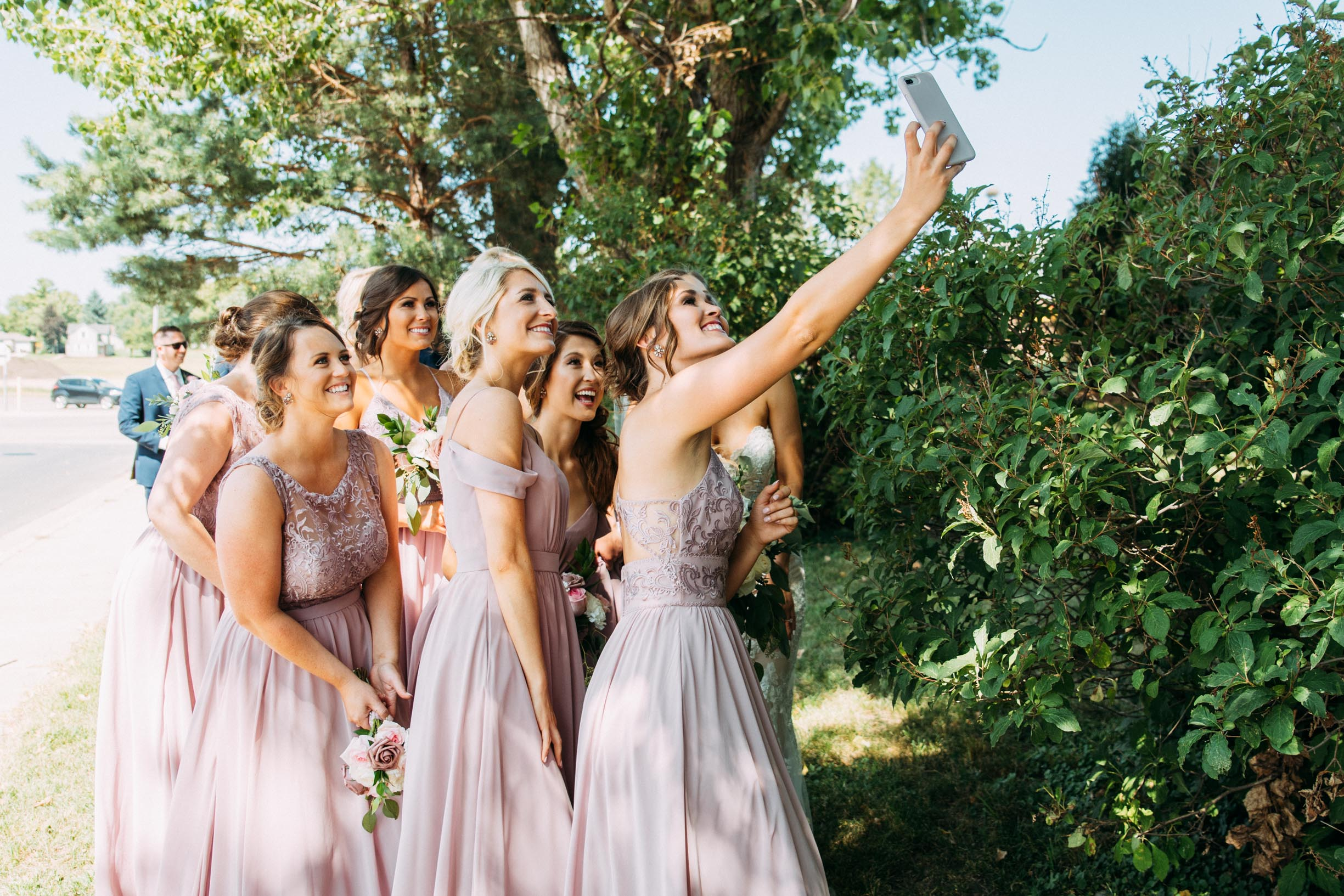 35-WeddingsattheBroz_Minnesota_WeddingBlog_WeddingParty.jpg