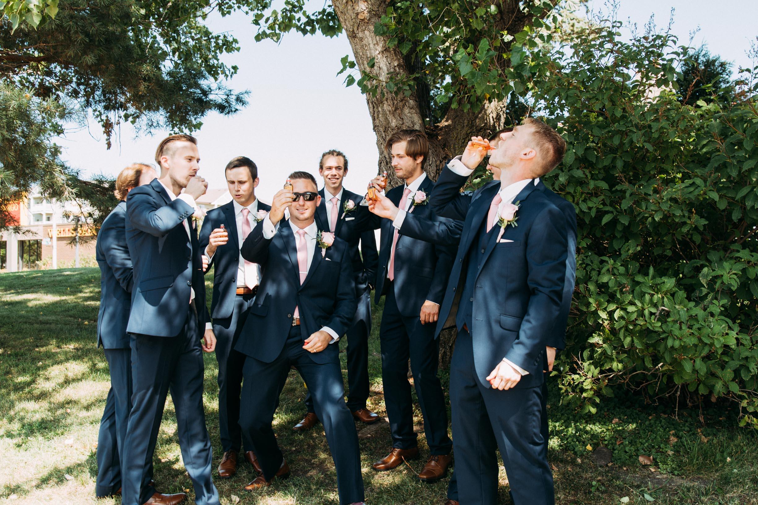 36-WeddingsattheBroz_Minnesota_WeddingBlog_WeddingParty.jpg