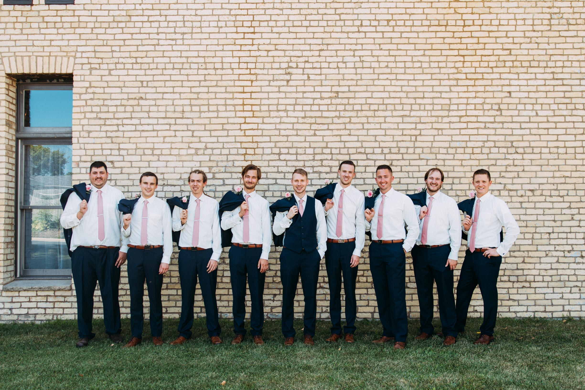 42-WeddingsattheBroz_Minnesota_WeddingBlog_WeddingParty.jpg