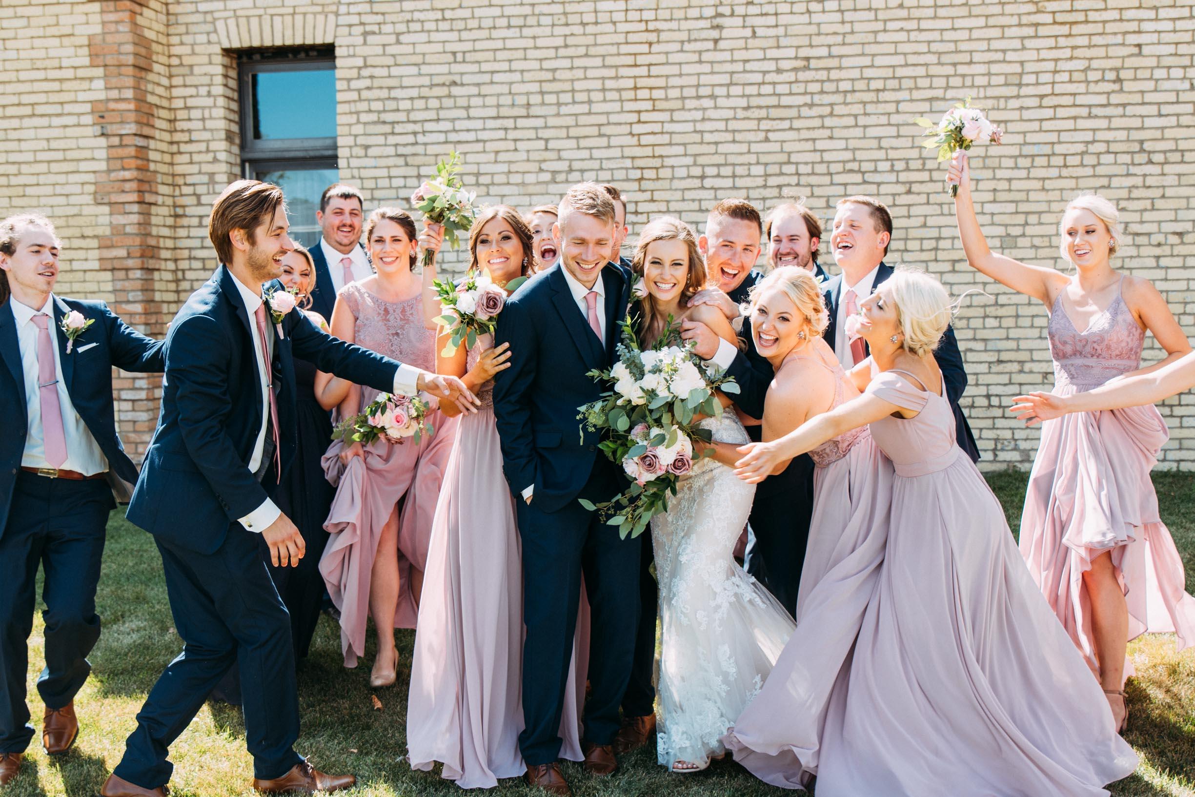 45-WeddingsattheBroz_Minnesota_WeddingBlog_WeddingParty.jpg