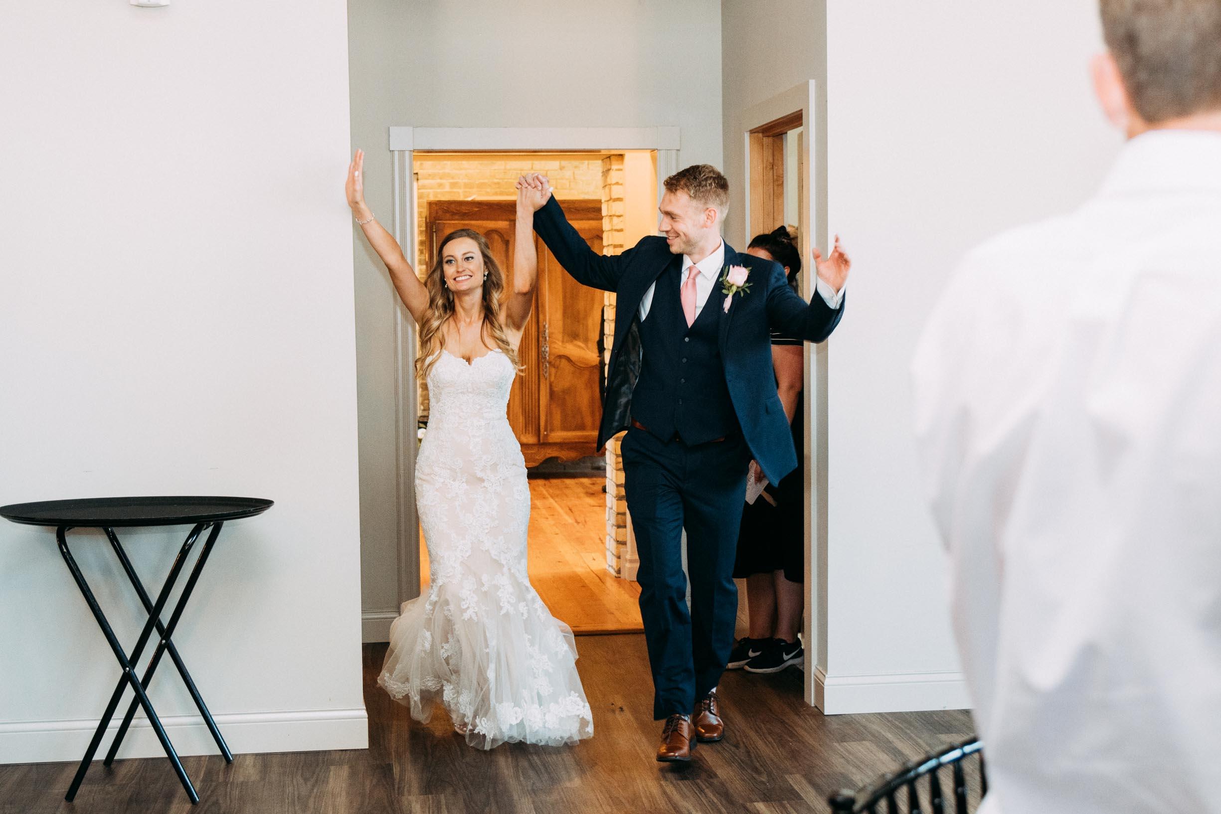 61-WeddingsattheBroz_Minnesota_WeddingBlog_Reception.jpg