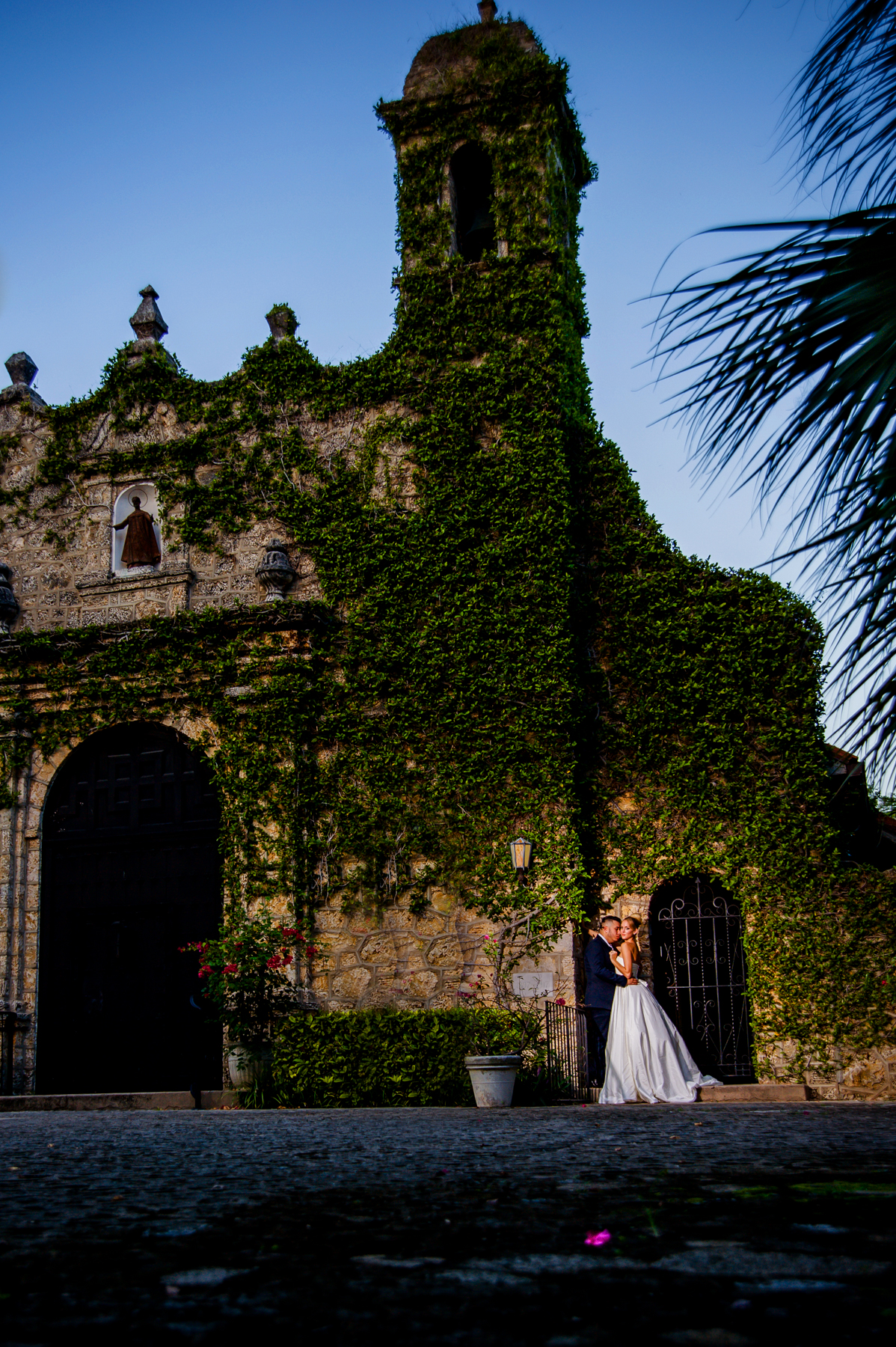 Christopher_Paul_Artistic_ Wedding_Photography-2.jpg