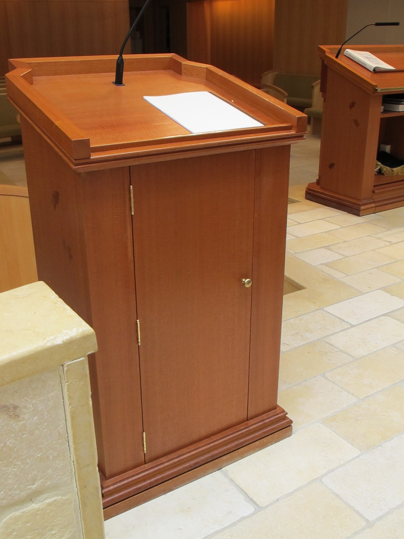 Cantor's Lectern Storage Space and Sound