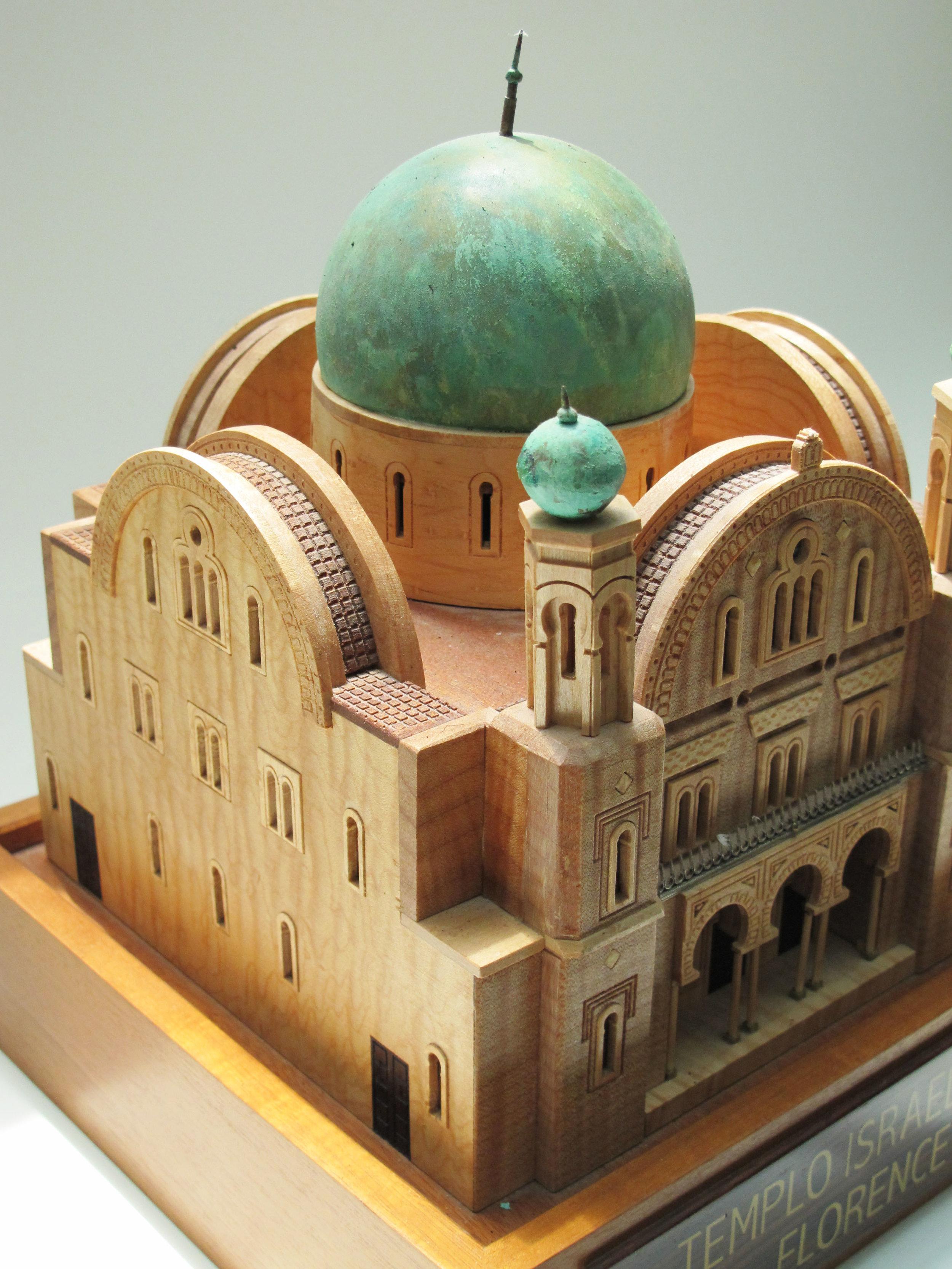 Miniature Landmark Synagogue Models