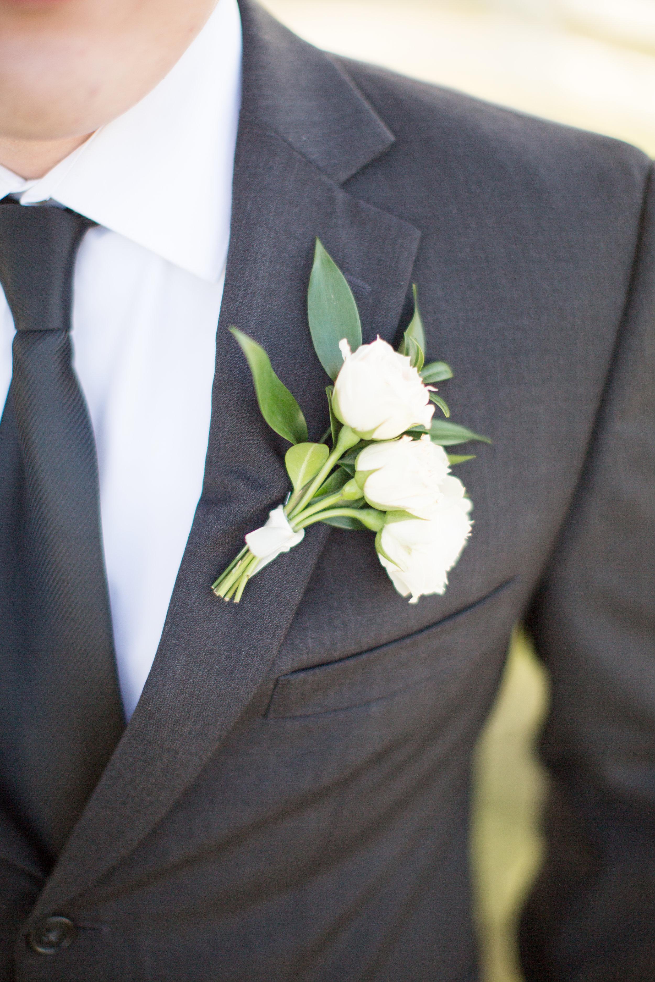 Chicago wedding boutonniere