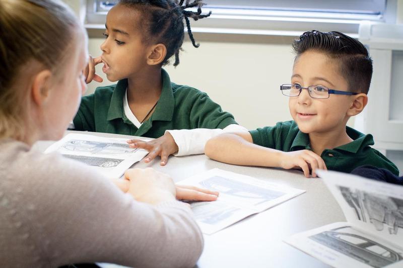 布鲁克林崛起的开幕式: - 学习专家 - 英语第2种语言老师 -普通班学习专家 - 特殊班级办公室主管学者支持协调员