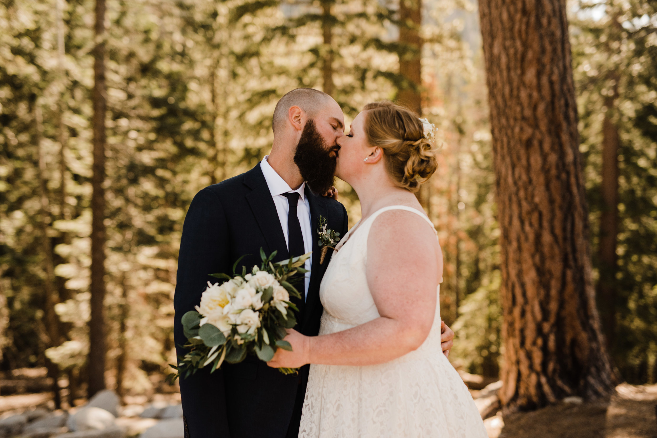 Summer Bride and Groom at Yosemite National Park