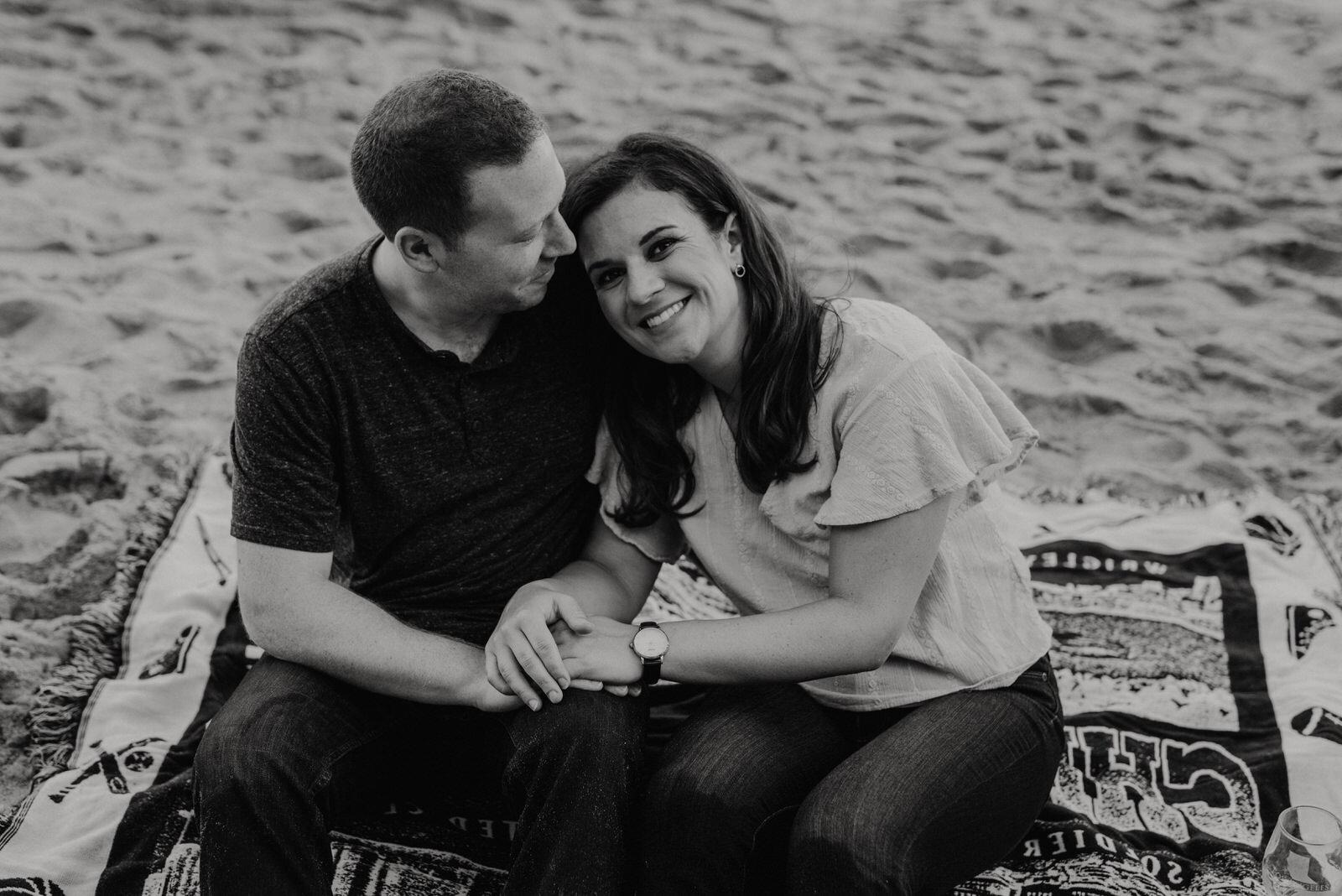 El-Matador-Beach-Engagement (28).jpg