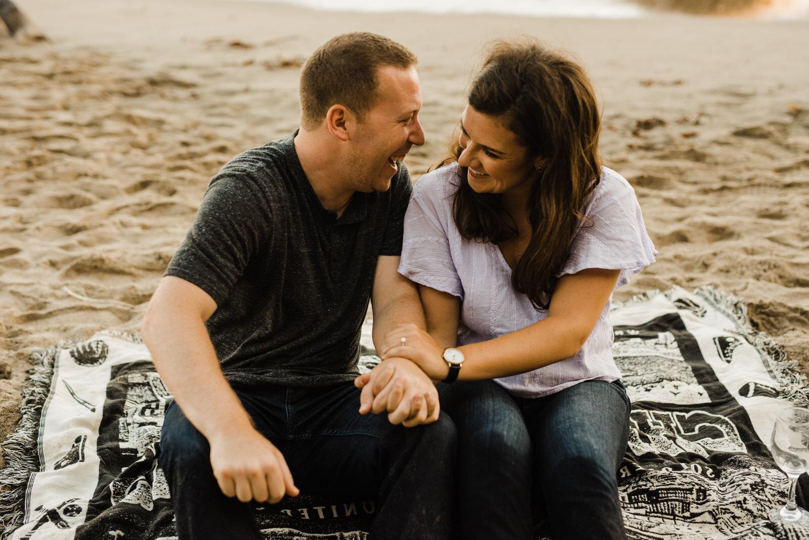 El-Matador-Beach-Engagement (33).jpg