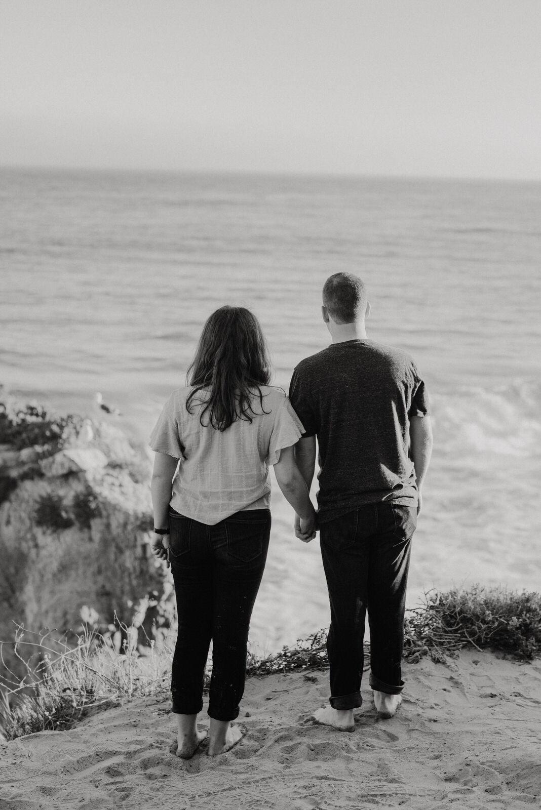 El-Matador-Beach-Engagement (52).jpg
