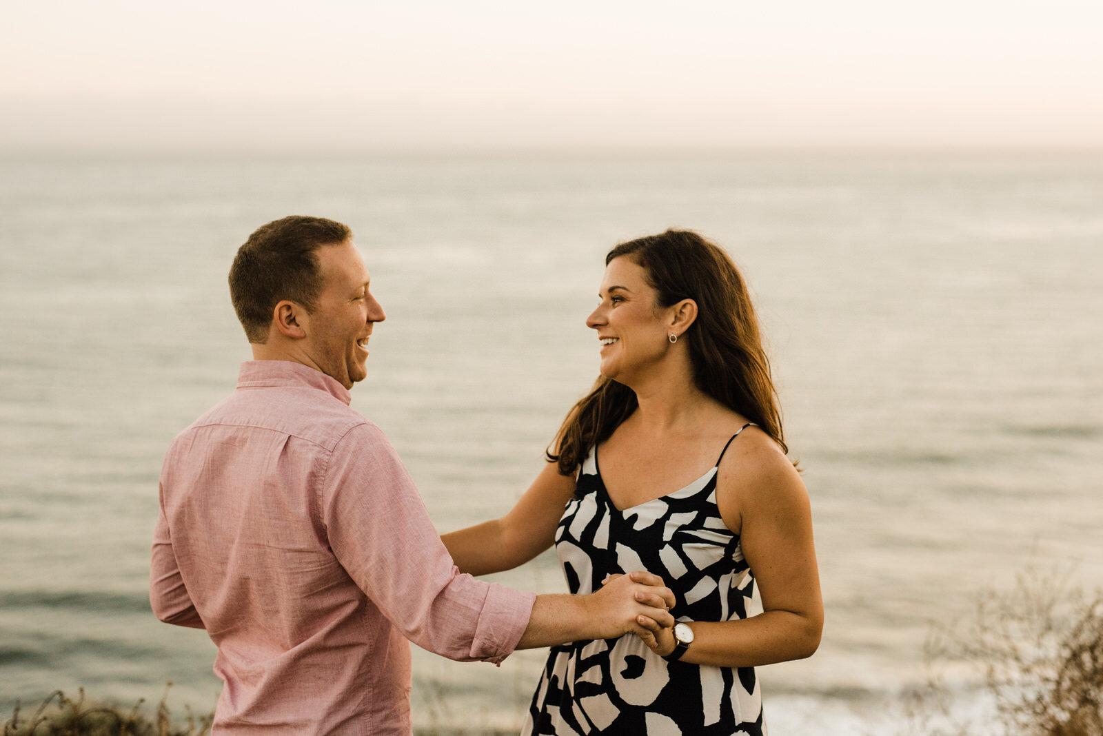El-Matador-Beach-Engagement (104).jpg