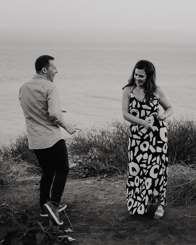 El-Matador-Beach-Engagement (138).jpg