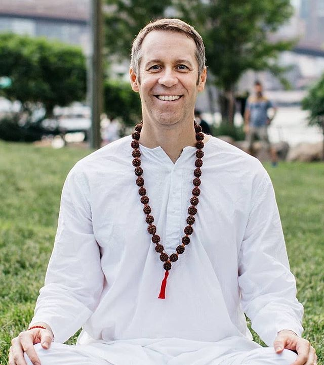 There's still time to sign up for Saturday's workshop with @patrickpaulgarlinger He'll be walking us through Chakra Cleansing that'll help us take charge of our well-being and vitality! It's a 2hr long session that begins at 2:30pm. For more info or to sign up click the link in our bio.  #chakras #chakrahealing #workshop #wellness #alignment #secondstorymovement  #jacksonheights #queens #nyc
