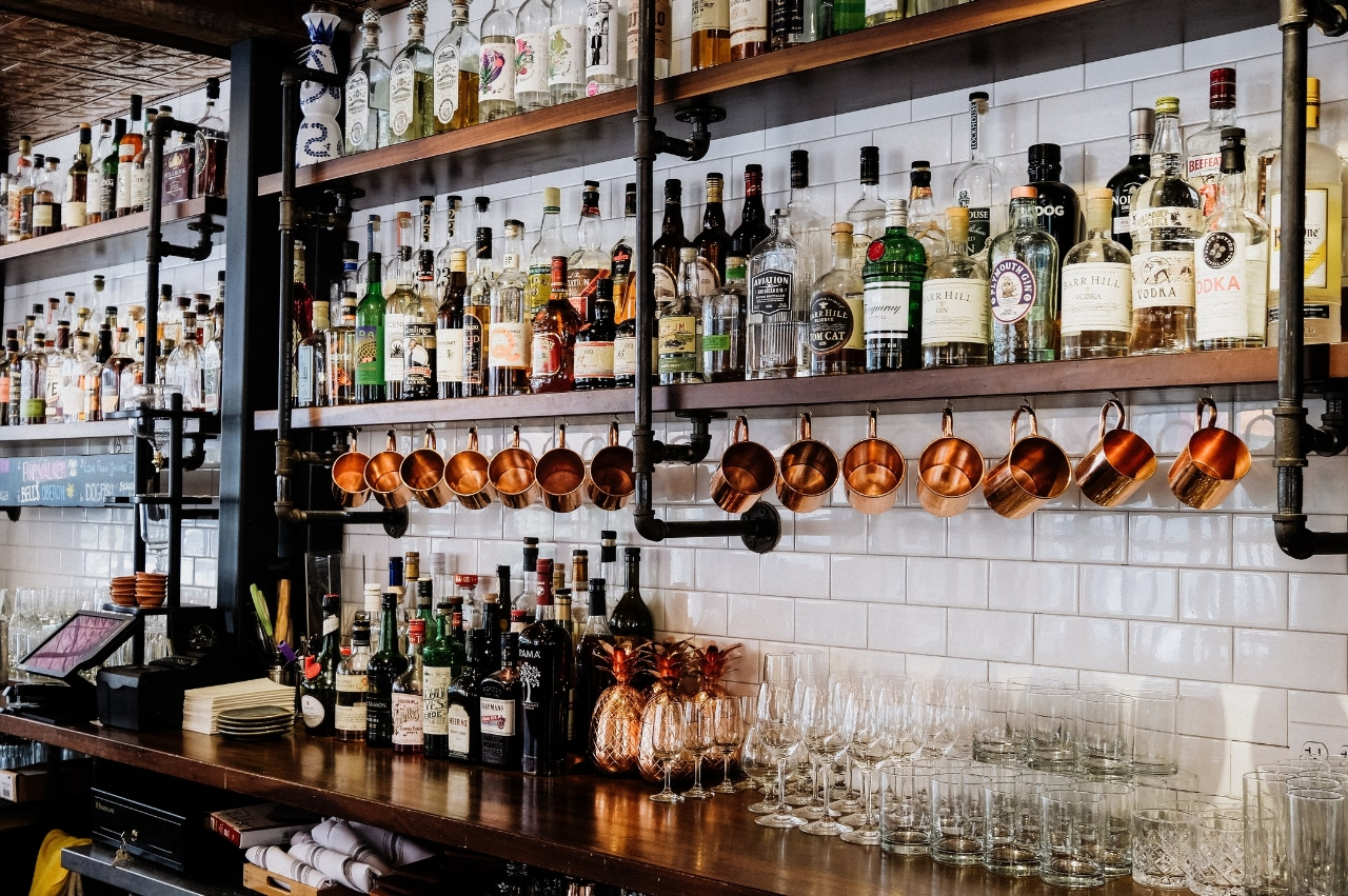 See all the noteworthy bars in logan square, chicago for 2017 and 2018. Find the best drink specials in Logan Square, Chicago and the best new bars in town.