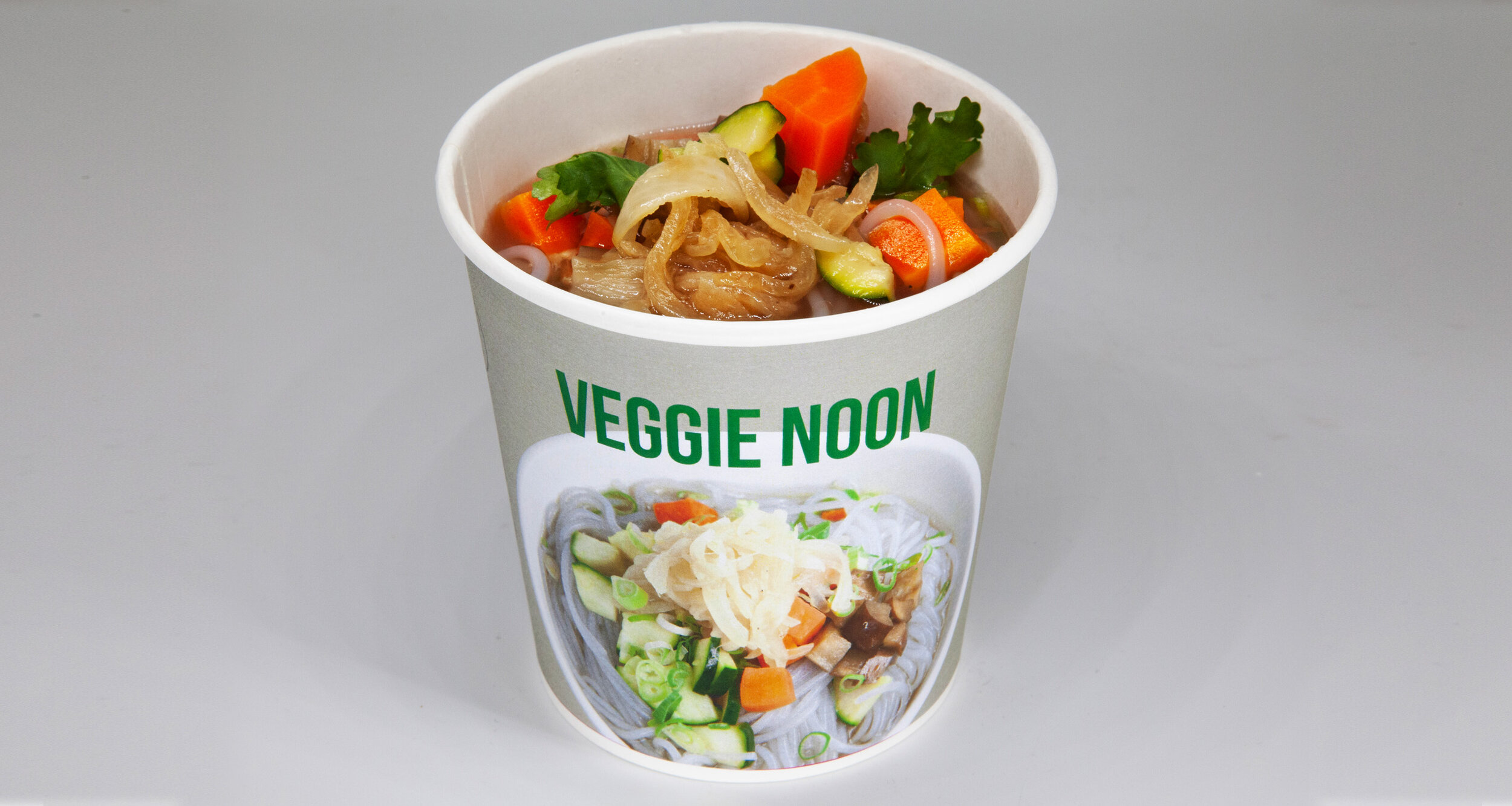 VEGGIE NOON - 50.3 KCAL PER SERVINGVeggie stalk, yam noodle, zucchini, carrot, eggplant, caramelised onion, coriander, green onion$45