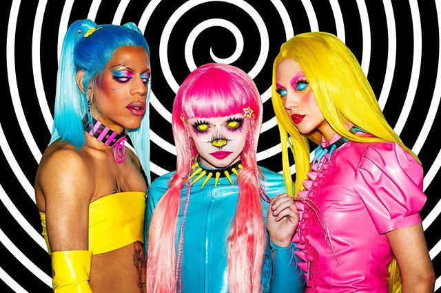 recently worked with @cultcandycosmetics and shot their latest collection 🎀PLAY HOUSE🎀 releasing soon 💘 - Photographer: @daniel_mutton  Models: @minaxxbell @qra38o @jazminbean  Latex: @blacksheeplatex - #cultcandycosmetics #cultcandy #playhouse #fun #bright #vivid #colorpop #cosmetics #makeup #mua #portraitphotography #photographer #beautyphotography #adolescentcontent #makeuplooks #hypnosis #hypno #pictureoftheday📷 #gleaux #creativemakeup #latex