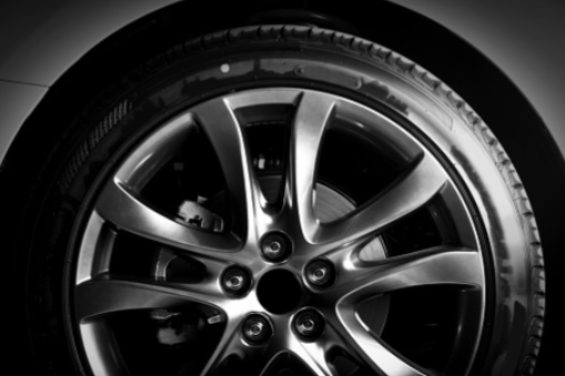 Hub-centric rims - For certain brands, we offer rim models that will perfectly fit the original hubs of your car.BMW:MINIMercedesLand RoverAUDIRenaultVolvoFor more information on these models, come see us or contact us for a quote.