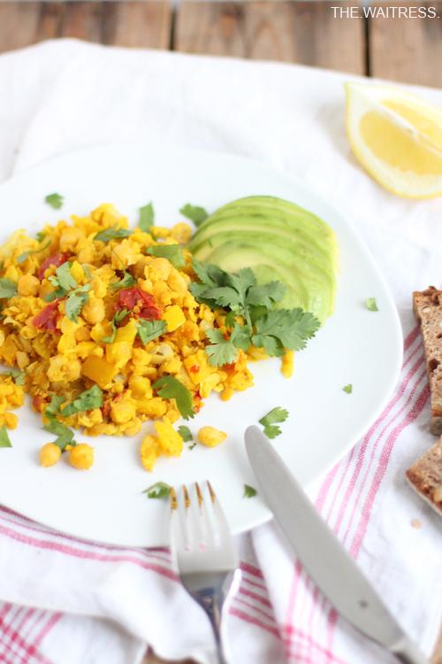 Rezept für Chickpea Scramble - Veganes Rührei / Theresa Kellner