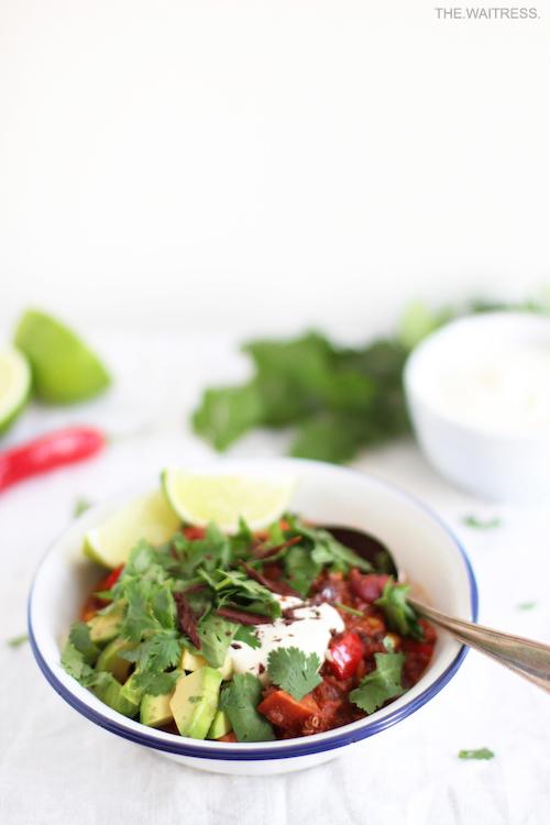 Rezept für Chili sin Carne mit Quinoa und Schokolade / THE.WAITRESS. Blog