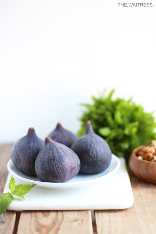 Leckeres Rezept für Feigen mit Ziegenkäse und karamellisierten Walnüssen / THE.WAITRESS. Blog
