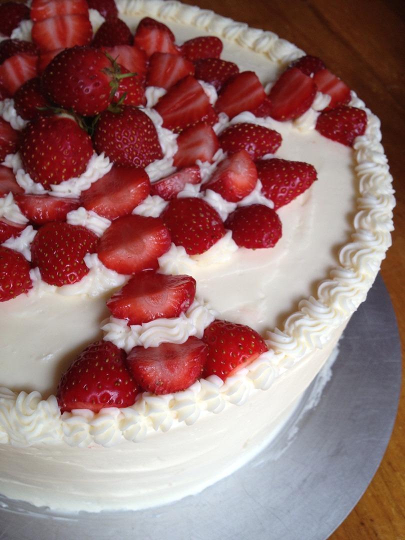 gourmet-strawberry-cake-wolfeboro-nh-la-boca.jpg