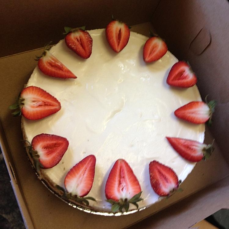 fresh-handmade-berry-cakes-nh-bakery.jpg