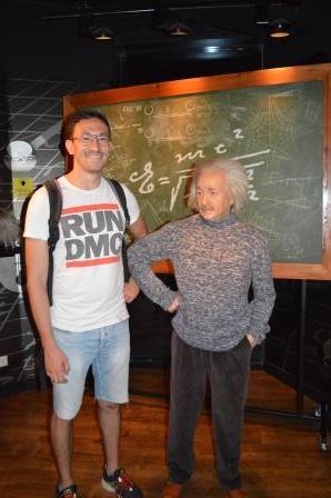 Foto: Auf seinem Blog physiphi.com verbindet Dimitrij gekonnt Physik- und Philostudium.