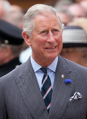 Princes Charles wide spread collar.jpg