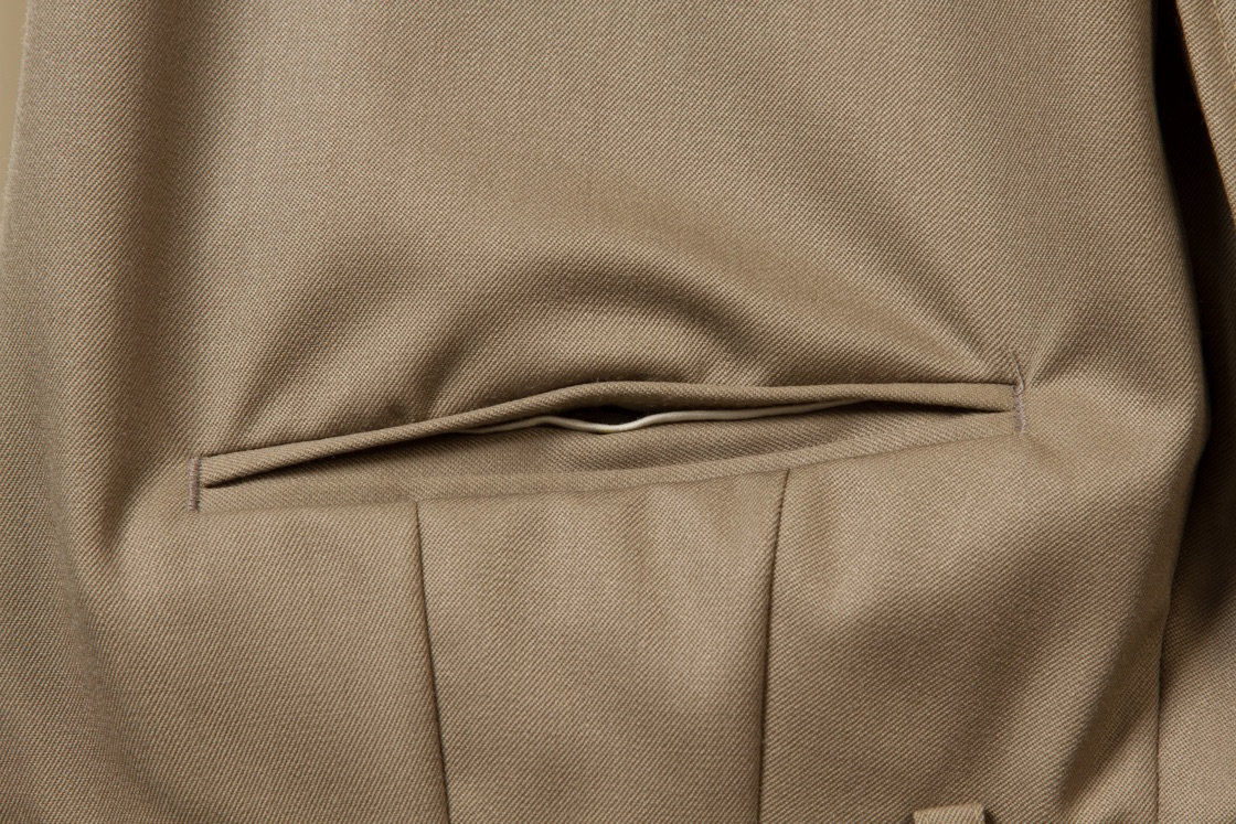 Tailor+made+trouser+pantalon+Taupe+Solid+Gaberdine++(3).jpg