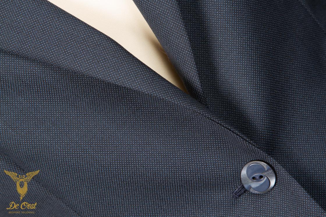 colbert+blazer+dames+birdseye+donker+blauw+tailor+made+klepzakken+schuin+punt+revers-11.jpg